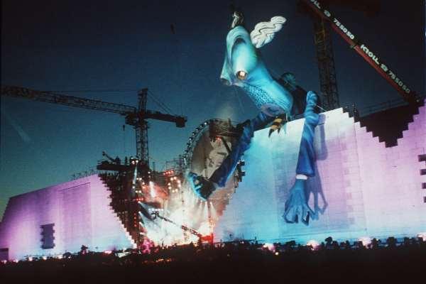 Hace 30 años, Roger Waters reclamaba parte del legado de Pink Floyd con el descomunal «The Wall: Live in Berlin»