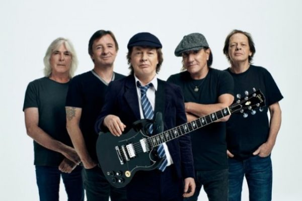 AC/DC estrenó el videoclip virtual de «Demon Fire»
