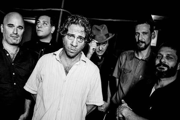 Chillan Las Bestias plasma en su tercer disco «Casi farsante» un imaginario del Río de la Plata