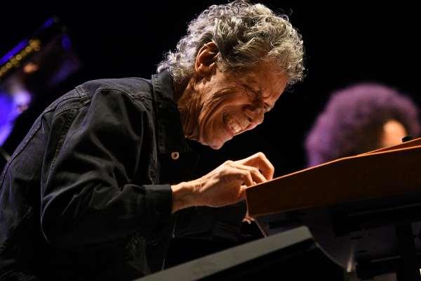 Murió a los 79 años el gran pianista de jazz Chick Corea