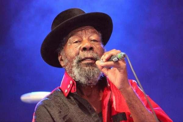 Falleció el legendario artista de reggae U-Roy, pionero del «toast»