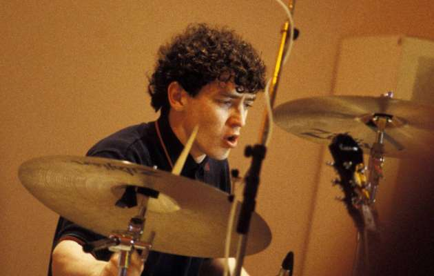 Tony McCarroll, baterista original de Oasis, hospitalizado por un infarto